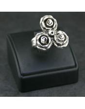 Roses Ring